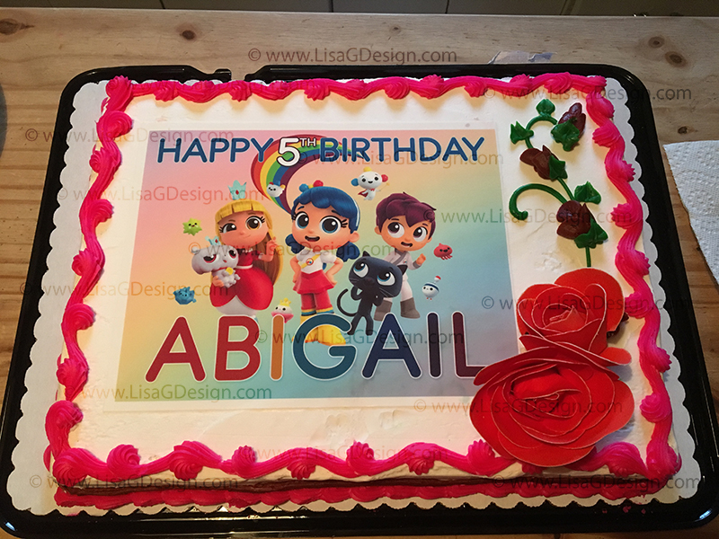 I Did Not Mist The Cake First And Believe That Was My Own Error Looked Professionally Made Everyone LOVED It Will Definitely Purchase